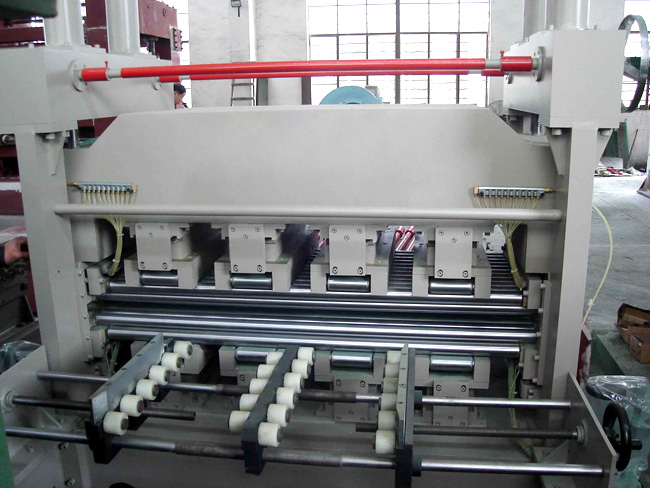 Roller Leveling Machine China Six Roller Straightening